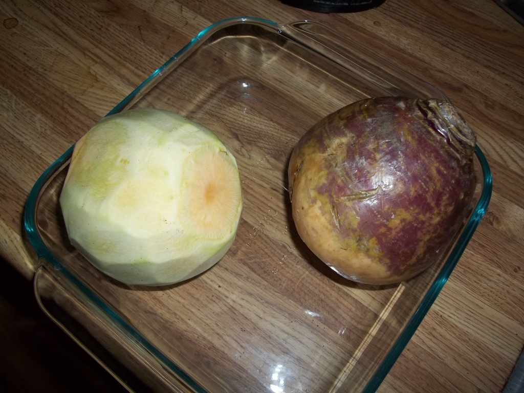 Rutabaga Peeled and Unpeeled